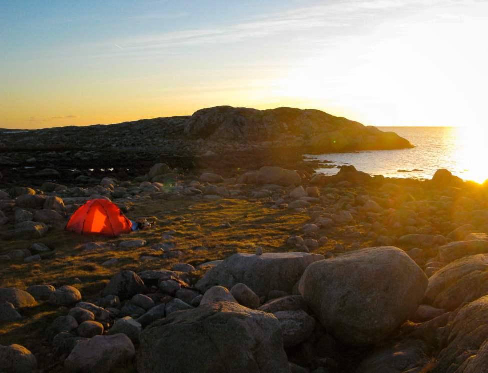 Solnedgång och horisontvy i Göteborgs södra skärgård