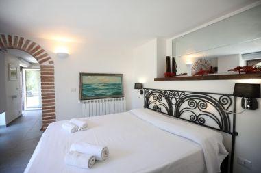 Doppelschlafzimmer Ferienhaus Kalabrien