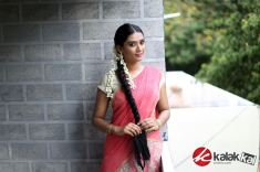 Actress SS Tanvi Photo Shoot Stills (20)