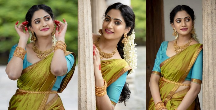 Actress Losliya New Photoshoot Stills