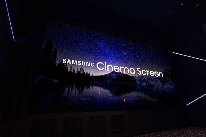 Съвсем скоро посетителите на киносалона Pacific Theaters Winnetka в Чатсуърт,