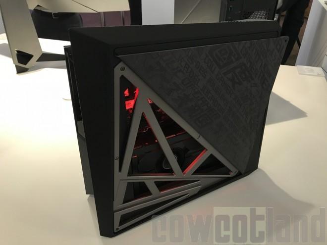 На щанда на компанията ASUS бе забелязан нов геймърски миникомпютър.