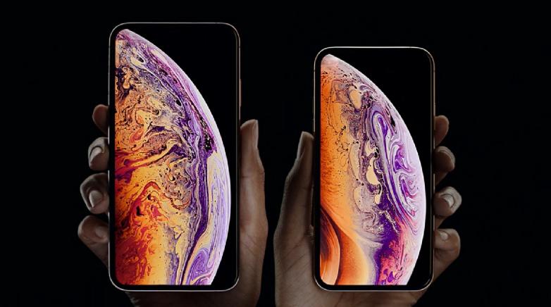 Притежателите на Phone XS и iPhone XS Max започнаха да