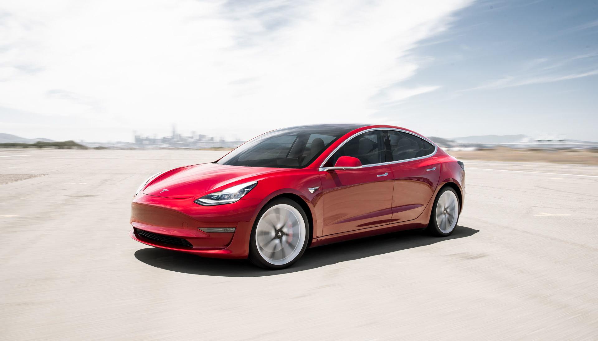 Снимка: Tesla предлага Model 3 като награда за хакери любители