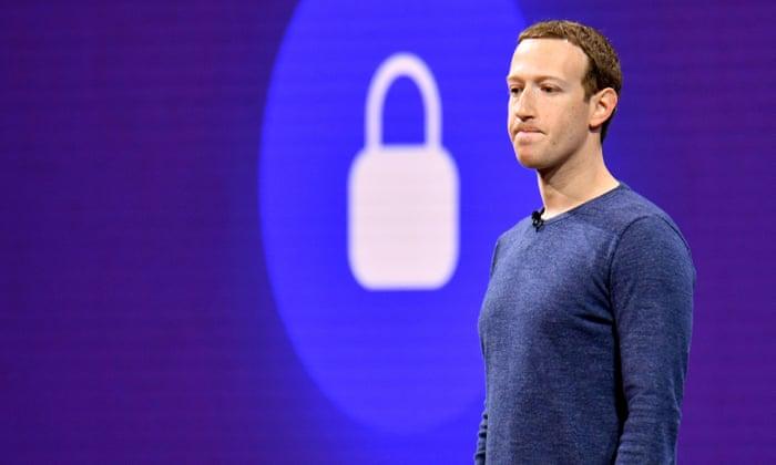 Няколко американски и британски медии едновременно съобщиха, че Facebook ще