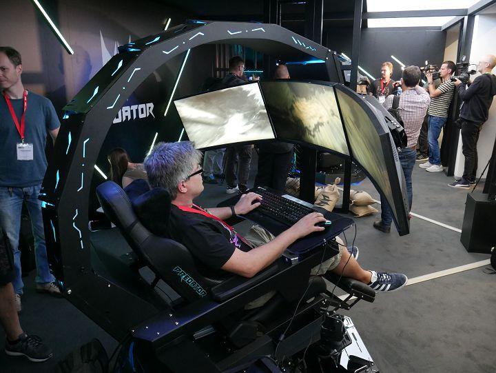 Компанията Acer започна доставките на геймърското кресло Predator Thronos представено