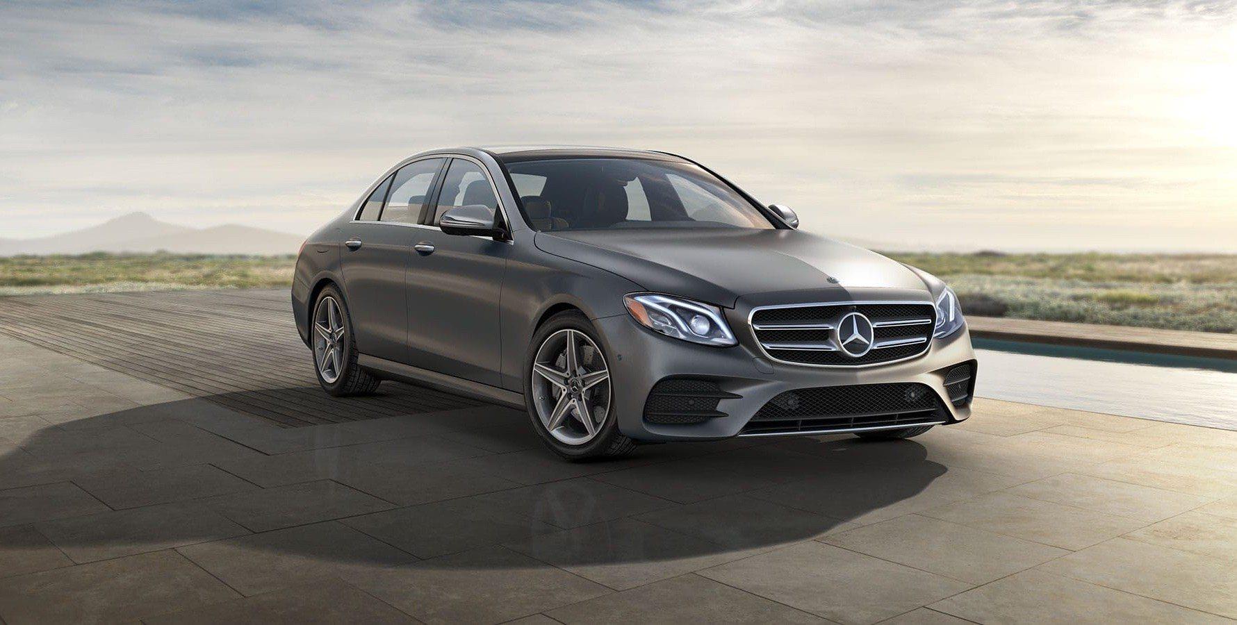 Новият модел на германския концерн Mercedes е компактен седан със