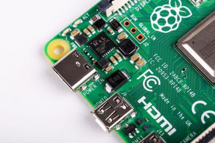 Raspberry Pi 4      USB Type-C