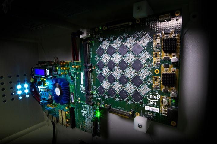 Преди две години Intel анонсира самообучаващият се невроморфен процесор Loihi,