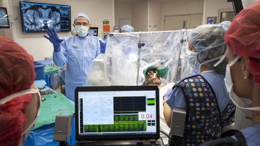 САЩ започна да използва мозъчни импланти за борба с наркоманията