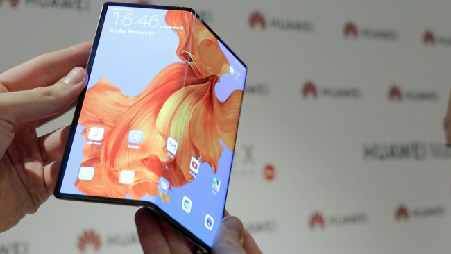Сгъваемите смартфони, които ще видим през 2020