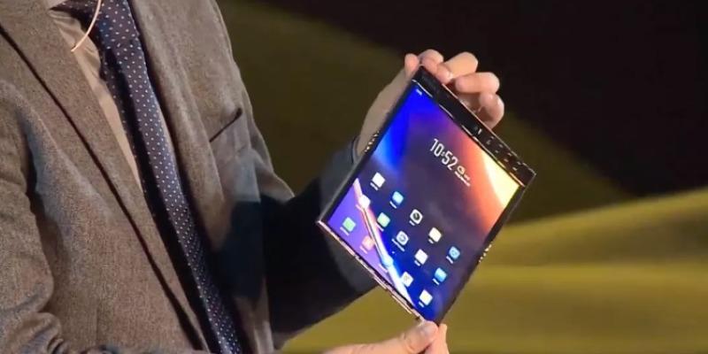 Официален анонс на сгъваемия смартфон Royole FlexPai 2