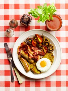 The 7 Best Foods & Drinks to Cure a Hangover