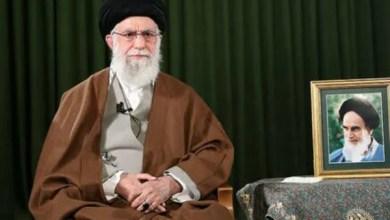 """تصویر خامنهای جنگ ایران و عراق را """"از عقلانیترین حوادث تاریخ"""" دانست"""