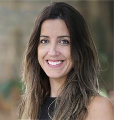 Priscila Martins, gerente de Relações Institucionais da Artemisia, organização pioneira no apoio a negócios de impacto social no Brasil