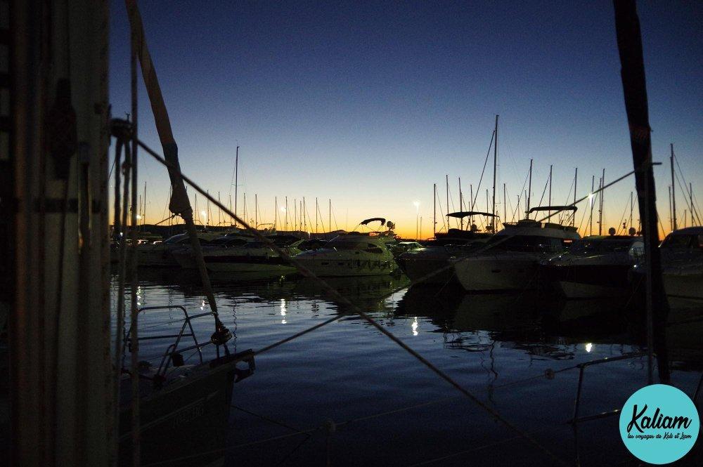 Première nuit au port