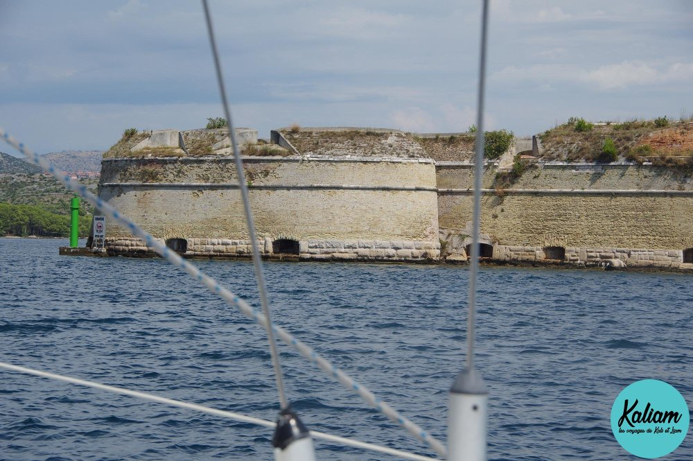Entrée pour passer en bateau