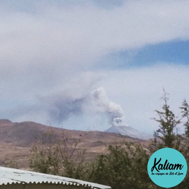 One of the 5 volcanos around Arequipa is active gladhellip