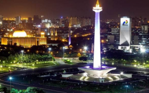 Suasana Malam di Jakarta