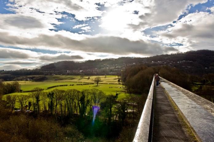 A weekend in Wales - Walking across Pontcysyllte Aqueduct