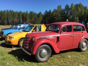 Kopittomien traktoreiden kokoontumisajot 15.8.2015