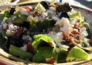Greek Salad With Roasted Garlic-Tomato Dressing
