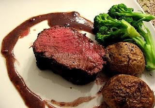 Beef Tenderloin With a Port Wine Sauce