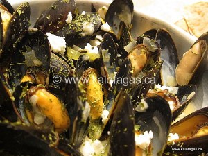 Mussels Saganaki With Mustard