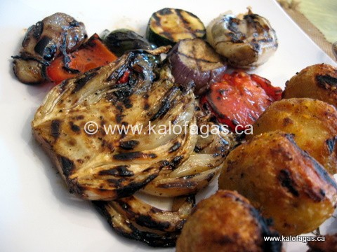 Char-grilled Chicken With Potatoes and Vegetables