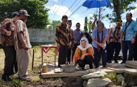 Ketgam : Titiek Soeharto