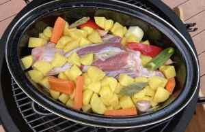 Teletina ispod peke može se pripremiti na Kamado roštilju zbog svojstava topline i dobrog protoka zraka