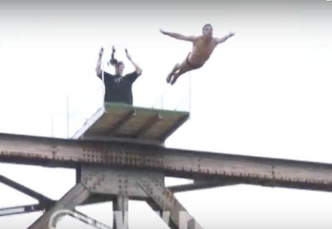 Deportista esloveno Fallece al realizar un salto desde un puente