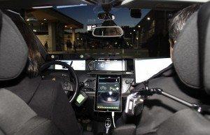 Interior del vehículo autónomo. EFE/Salvador Sas