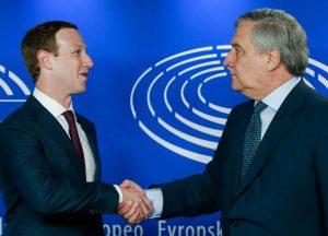 OCU demanda a Facebook por cesión irregular de datos de sus usuarios