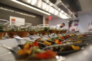 Las impresoras 3D ya han comenzado a imprimir comida, incluso menús sin gluten, por lo que pronto se ganarán un lugar en las cocinas, entre la cafetera y la tostadora. Imagen de archivo de una cocina. EFE/María Elizabeth Plaza