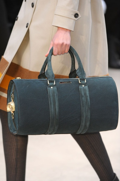 Burberry Barrel bag