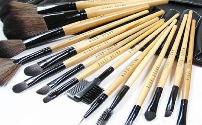 24_piece_brush bobbi brown