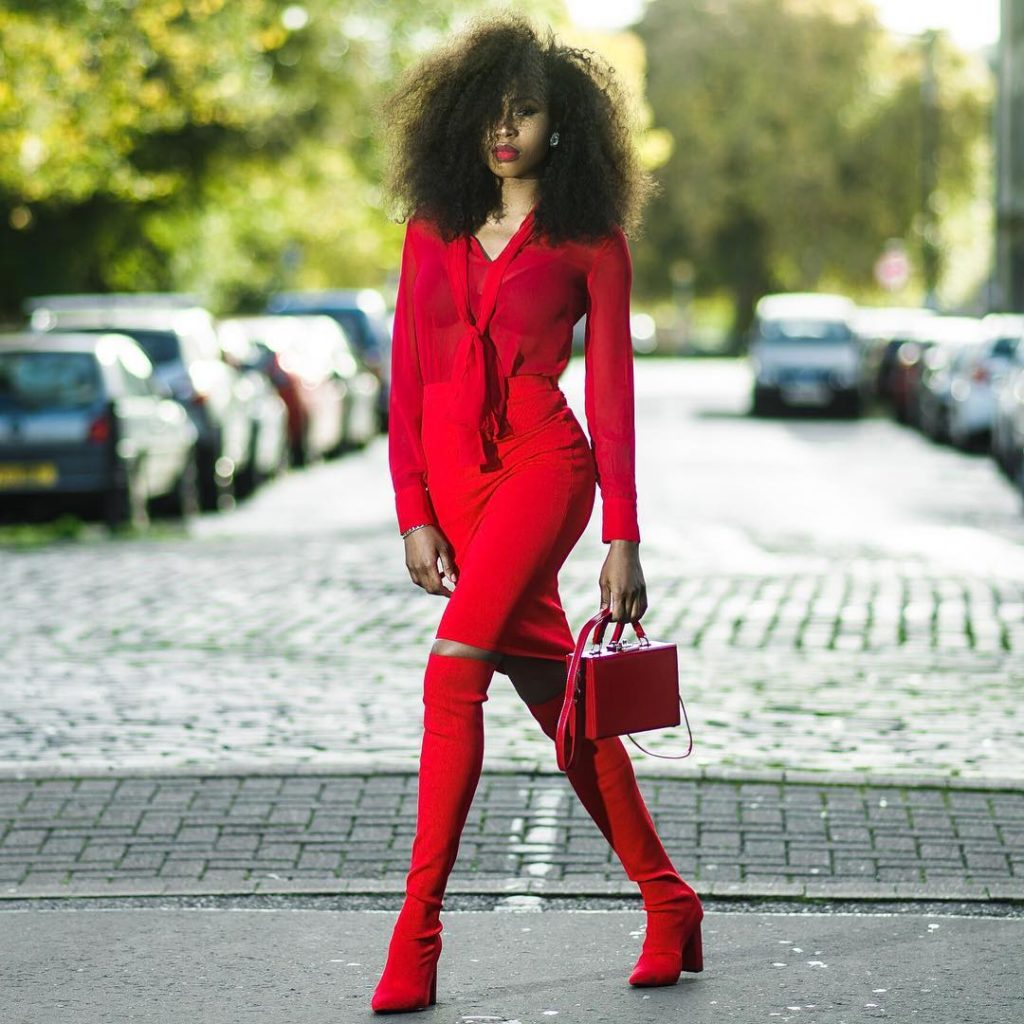 Monochromatic Style done right - Glam Mannequin 1