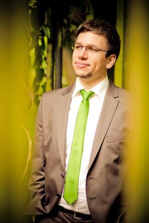 Chorleiter Fabian Pasewald