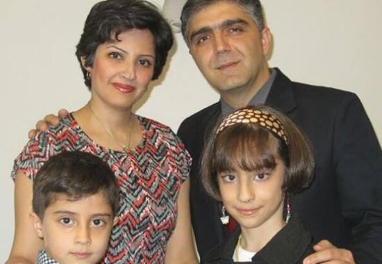 صهبا فرنوش به همراه همسر و فرزندانش