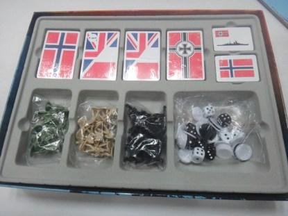 Kampen om Norge komponenter i eske