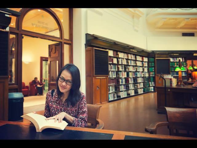 Lia Ishadi: Peraih Beasiswa di Australia & Amerika Serikat