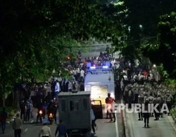 Polisi amankan 8 orang dalam aksi pro Ahok
