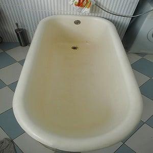 Возрастная желтизна ванны