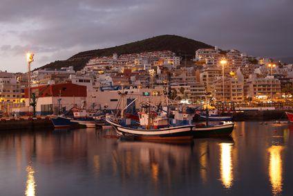 Der Hafen von Los Cristianos Teneriffa