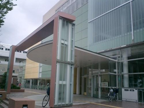 鶴見区民センター