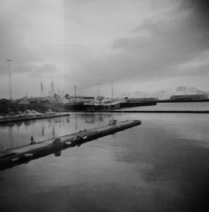 02-holga-film-photography-iceland-kandisebrown