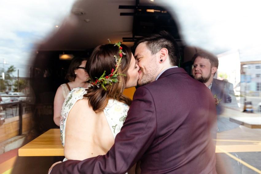 021-oakland-farm-lodge-wedding-kd2017-kandisebrownphotographer