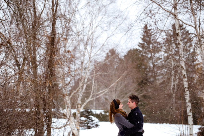 002-snowy-engagement-portraits-fredericton-kandisebrown