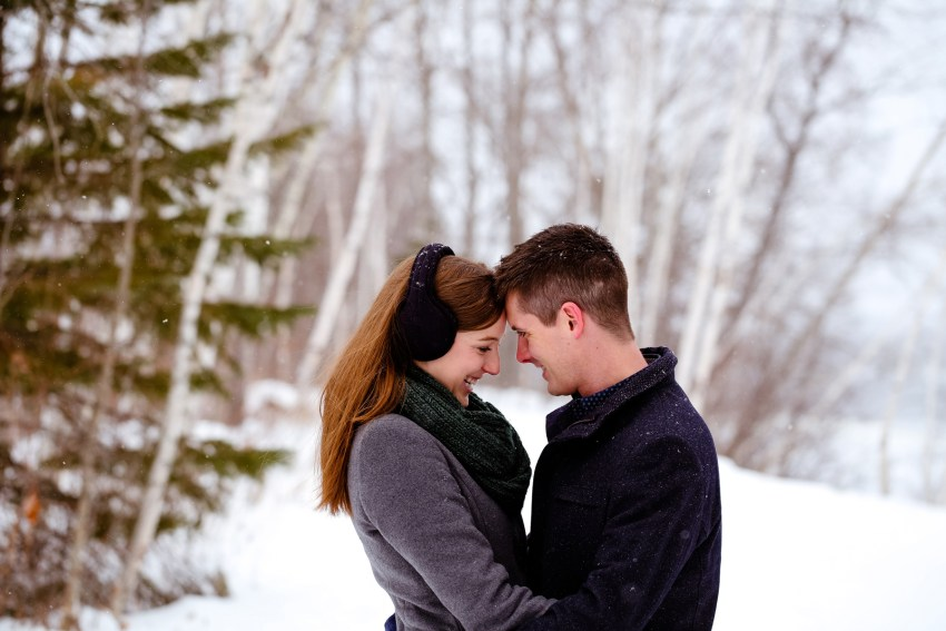005-snowy-engagement-portraits-fredericton-kandisebrown